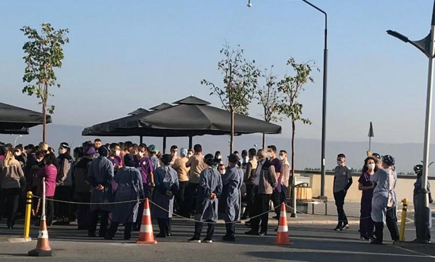 3 aydır ücretlerini alamayan Eskişehir Şehir Hastanesi işçileri eylem yaptı